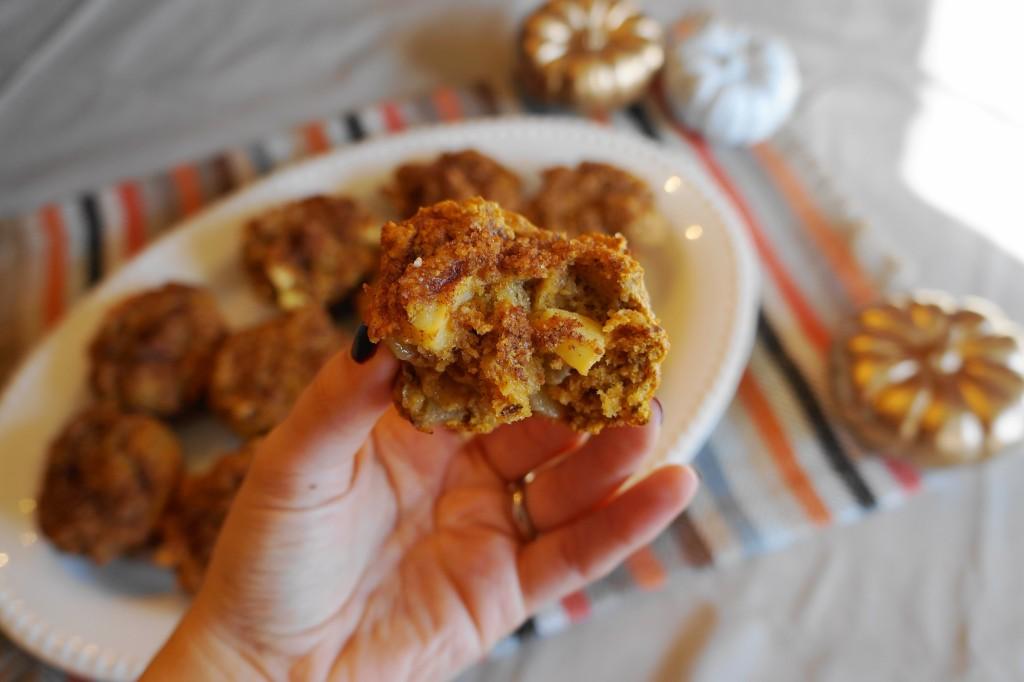 Apple Cinnamon Muffins with Pumpkin and Greek Yogurt | Busy Girl Healthy World