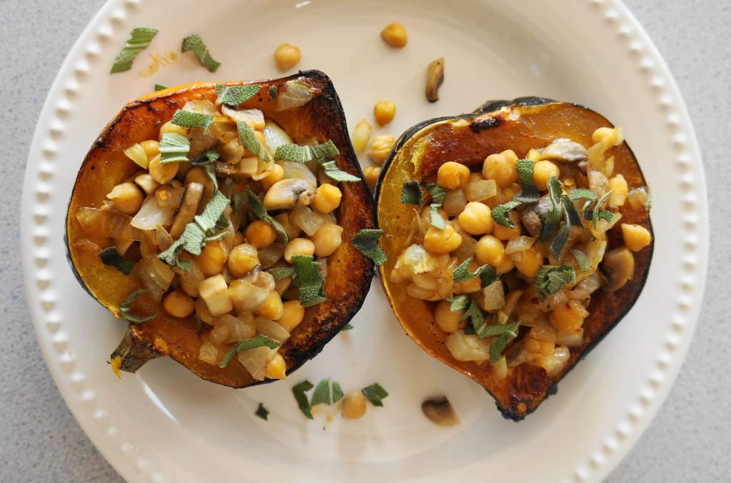 Stuffed Acorn Squash (V, GF) | Busy Girl Healthy World