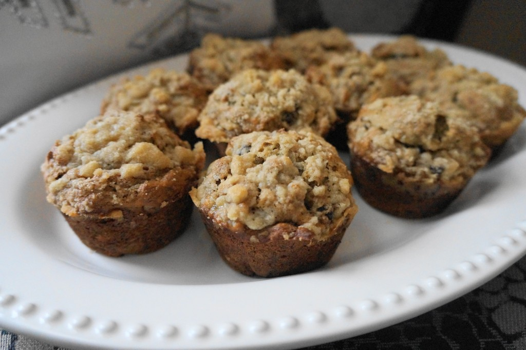 Chunky Monkey Banana Muffins (V) | Busy Girl Healthy World