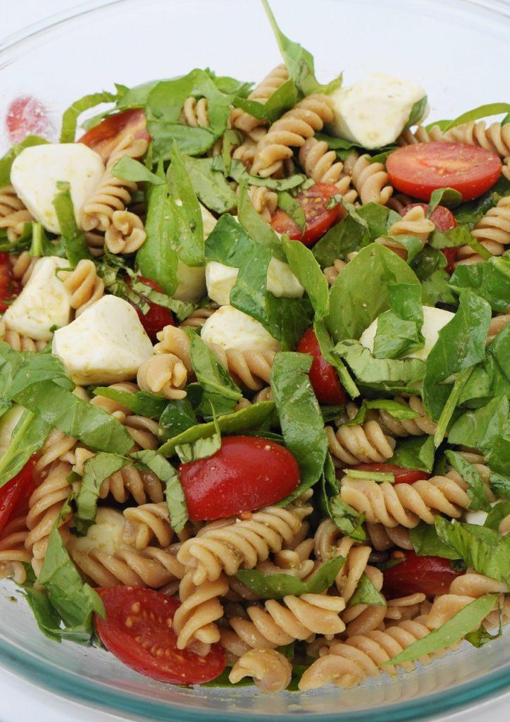 Tomato & Mozzarella Lentil Pasta Salad (GF) | Busy Girl Healthy World