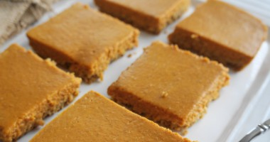 Seriously Healthy Pumpkin Pie Bars (GF) | Busy Girl Healthy World